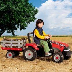 Maxi Diesel Tractor w/trailer Peg Perego